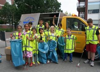 Het zwerfvuilteam van OBS De Poorter