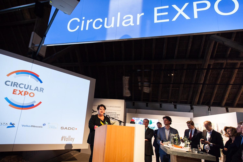 Opening Circula Expo Staatssecretaris Dijksma
